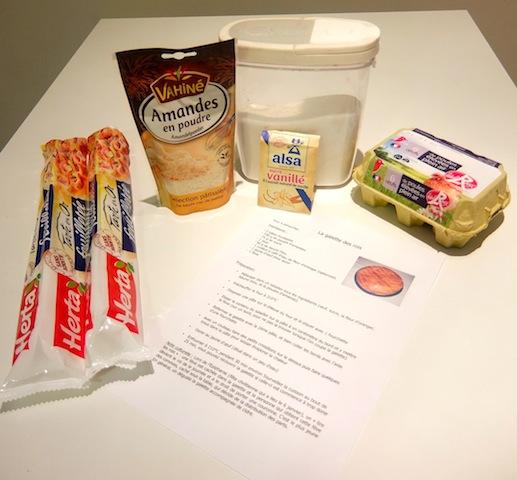 Voilà les ingredients nécessaires pour faire une galette 必要な材料です。