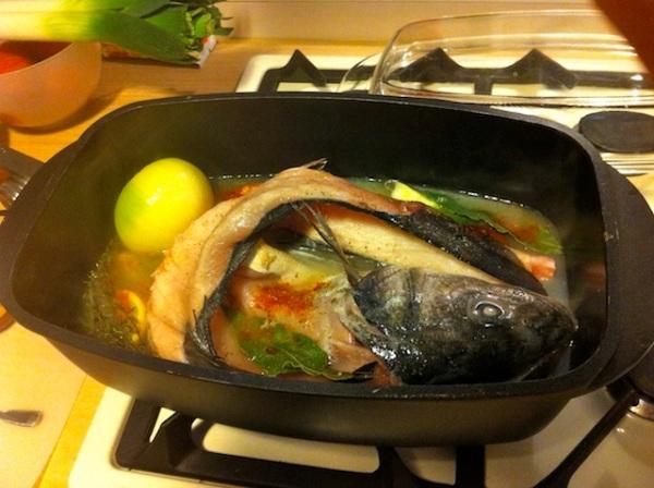 Préparation du fumet, 魚の出汁の準備